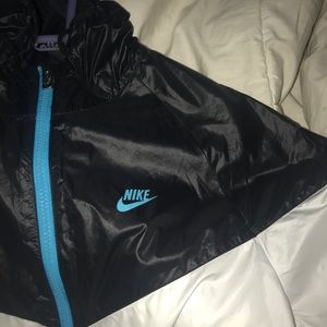 Women's Nike windbreaker